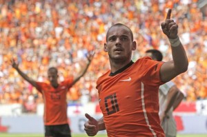 Wesley Sneijder of The Netherlands reacts after scoring during the friendly soccer match Netherlands versus Hungary at ArenA stadium in Amsterdam, Netherlands,  Saturday June 5, 2010. (AP Photo/Peter Dejong)